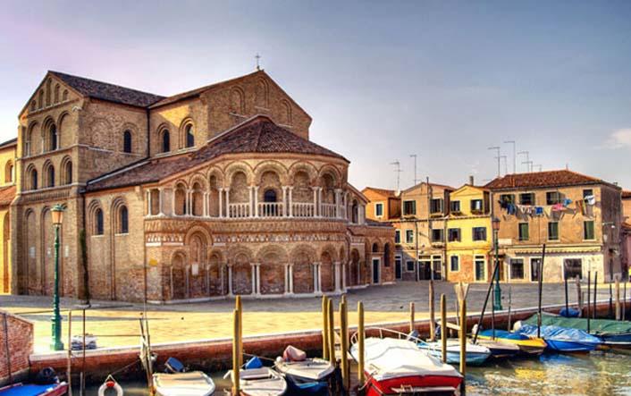 Murano, il più antico centro di vetro artistico