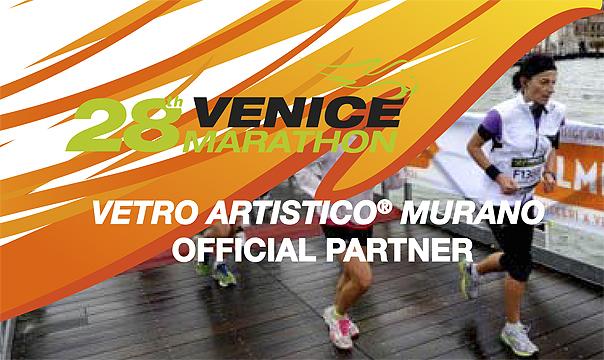La Venice Marathon si impreziosisce di vetro! Coppe marchiate Vetro Artistico® Murano per chi taglierà il traguardo